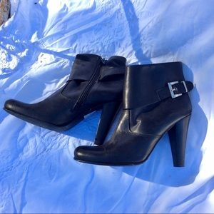 CHARLES DAVID HIHEEL LEATHER BOOTIES ANKLE BOOTS 8